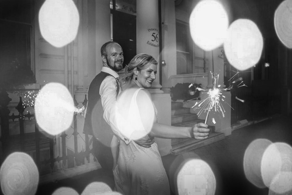 london-wedding-sparkler
